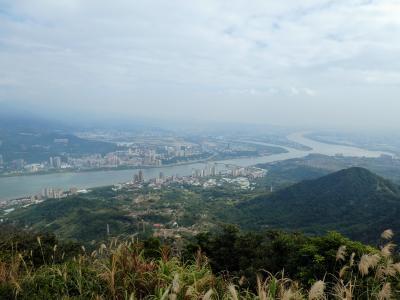 【2019年台湾】6 観音山にハイキングの後は家族からの宿題をこなさなければ。
