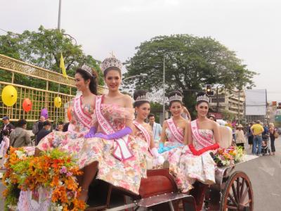 2020・2 チェンマイ花祭り・・フルコース・・(Ⅳ)フラワーフェスティバルパレード