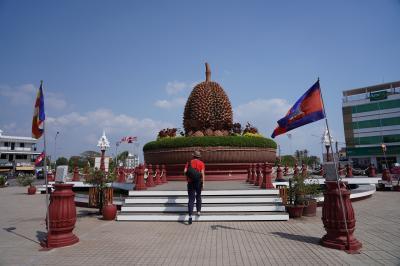 初カンボジアはプノンペンから地方都市へ 3日目