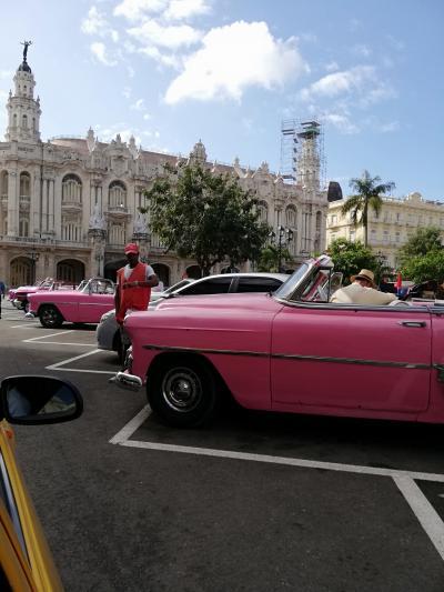 フォトジェニックなハバナの滞在♪【2】 キューバと言えばオールドカーのはずが・・・