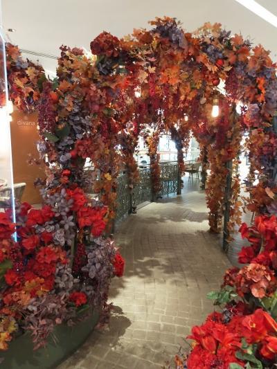 女子力高まるお花いっぱいカフェとロンネフェルト1823ティールームのアフタヌーンティー つかの間バンコク暮らし35 2020.2月