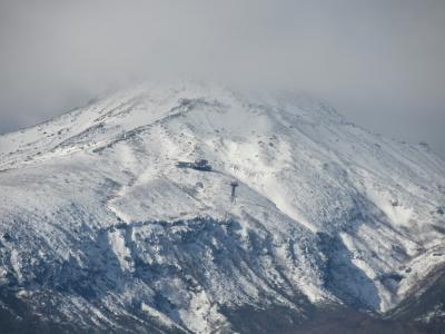 2020年1月、那須山に今年は雪が少なく美しい姿が見えなくて残念です。