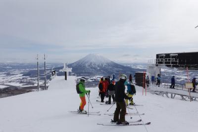 ニセコ スキーツアー