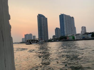 タイ~①チャトゥチャック市場~アジアティークでシーフード♪
