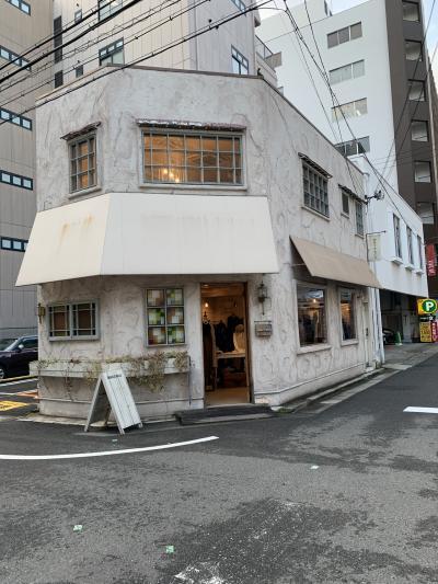 神戸の雑貨屋さん通りを歩く