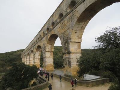 フランス 「行った所・見た所」 ポンデュガール・水道橋からアヴィニヨンへ