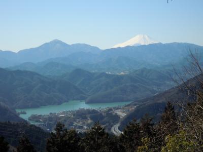 新型コロナ騒ぎだけど景信山、小仏城山、高尾山に登ってきました