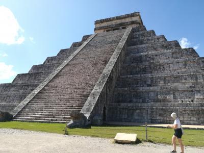 年を感じるメキシコ8日間の旅 4日目 チチェンイッツァ遺跡とセノーテイキル