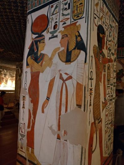6日目-2 ネフェルタリ王妃の墓、夜のルクソール神殿