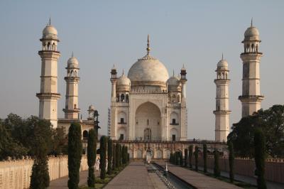 西インドの石窟寺院と世界遺産を訪れる旅 アウランガバード編