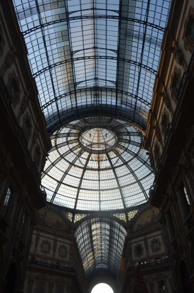 久々のパックツアーでイタリア旅行に行ってきました。 ミラノ編