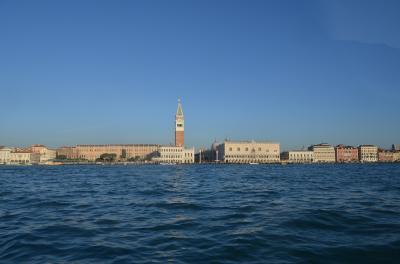 久々のパックツアーでイタリア旅行へ行ってきました。 ベネチア編