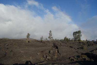 初めてのハワイ島3泊5日【2日目】虹の滝、アイザックハレビーチ、キラウエア火山、溶岩洞窟、星空