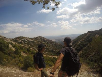 スペイン レンタカーで3000kmの旅 5日目-2(コロニアグエル教会⇒モンセラット)