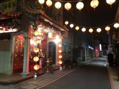 台湾でベタな観光地を回る旅。その1、キャセイの自動手荷物預け利用者第1号!そして何もないさくらラウンジ。