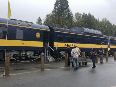 個人旅行で秋のアラスカ!④アラスカ鉄道 アンカレッジからフェアバンクス オーロラ観測できました