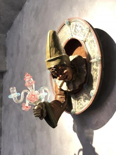 冬の終わり ヴェネチア仮面祭り開催中の箱根ガラスの森美術館へ