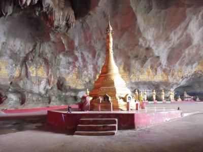 パアンの洞窟寺院へ