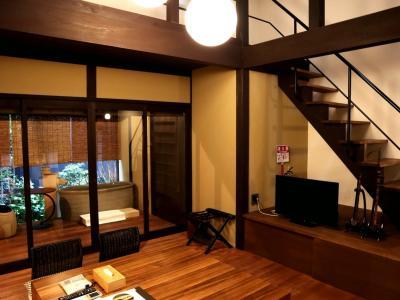 京町家をリノベーションした一棟貸し☆room name胡弓で胡弓を聴きながら…静かな京都を愉しみました@Kyoto Machiya 福音