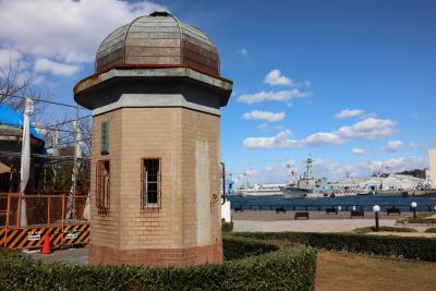 ヨコスカ街歩き、海と船を見ながら・・・リニューアル中の施設もあり、変化の兆し?