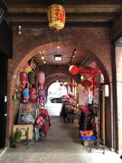 台湾でベタな観光地を回る旅。その4、3日目は迪化街、故宮博物院、大人気の電鍋、B級じゃないグルメ編。
