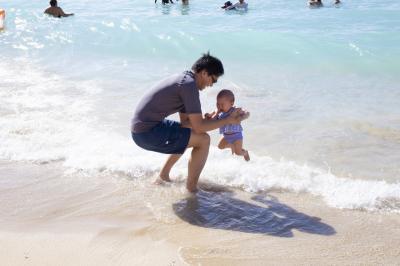 0歳児を連れて海外へ!2回目のハワイ:Day3 0歳児のプール&ビーチデビュー
