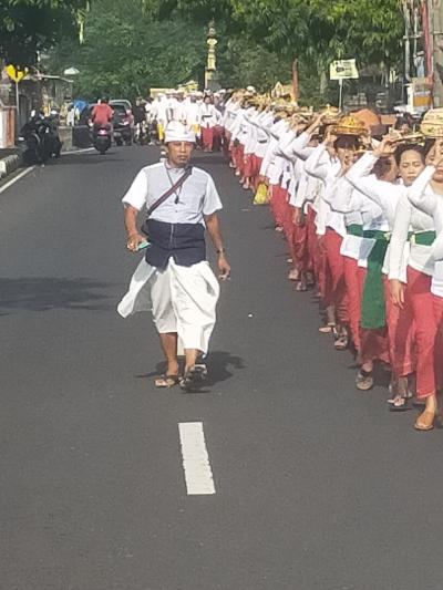 オダラン バリのお寺の周年祭