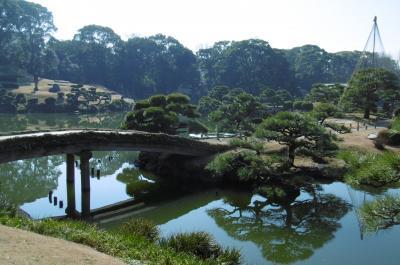 「ミナ ペルホネン/皆川明 つづく」展と、早春の清澄庭園