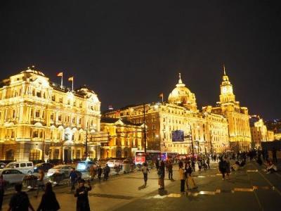 スタアラ系ビジネスクラスを乗りまくるアジア周遊旅⑤ちょっと上海。ペニンシュラ上海の天空Barで絶景夜景