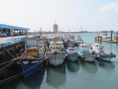 台湾 「行った所・見た所」 台中の梧楼観光漁港に行き買物をしました