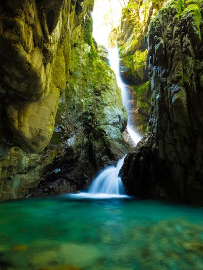 和歌山・古座川の秘境の滝を訪ねる