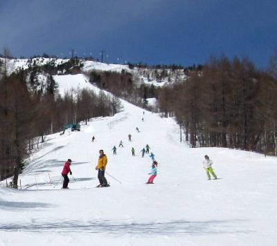 団塊夫婦のスキー&絶景の旅・2020ー(5)志賀高原でシーズン最後のスキー&東山魁夷館
