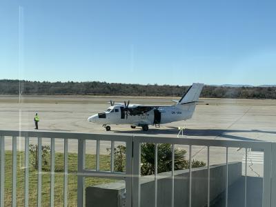ロヴィニからリエカへ早朝にバス移動、そして小型飛行機でスプリットへ