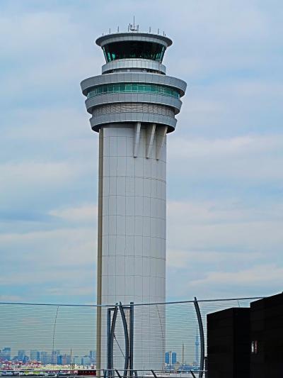 羽田空港 第1旅客ターミナル ガリバーsデッキにも ☆LDHキッチンで昼食-ツアー受付