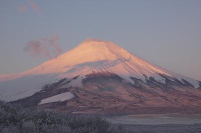 春休みのエクシブ山中湖1泊 未明~早朝の富士山 紅富士