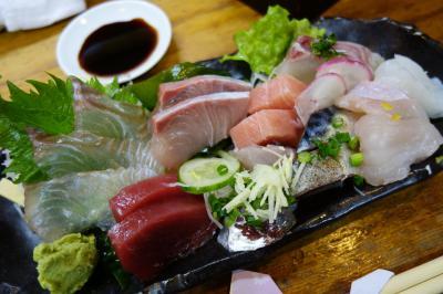 20200401-3 長崎 宿で勧められて、寿司割烹かつらさんの晩酌。刺盛りとつまみ盛りでお腹一杯に。