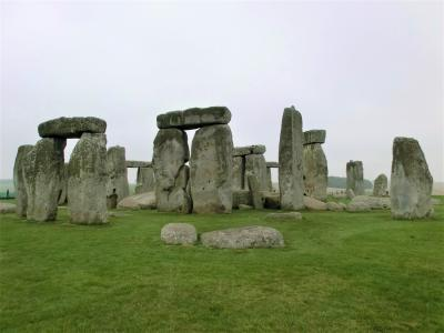 英国一人旅(中編):謎の石環と緑の風呂と名探偵の棲み家