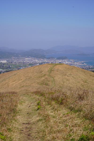 20200404-1 五島 鬼岳に登って、島の展望を眺めて