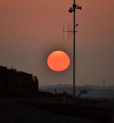 2020年4月9日早朝 満月の翌日の茅ヶ崎海岸の様子です。