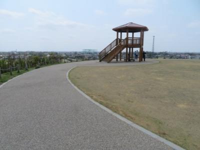 松伏町にある埼玉県営の「まつぶし緑の丘公園」を散策