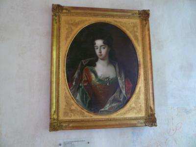 番外編:「愛妾の運命の年月」ザクセンの強王に愛妾コーゼル伯爵夫人はその死までの49年間、幽囚された。