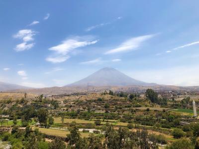 ◆ペルー 女ひとり旅◆⑩アレキパ半日バスツアーとおしゃれカフェ!