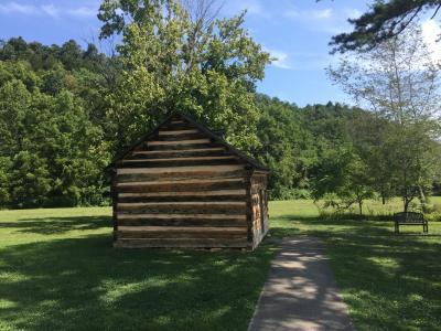 ケンタッキー州 ホッジェンビル - リンカーン少年時代の家