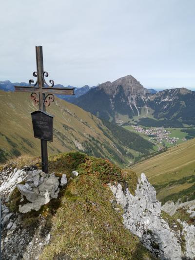 BerwangからRoter Stein山ループハイキング