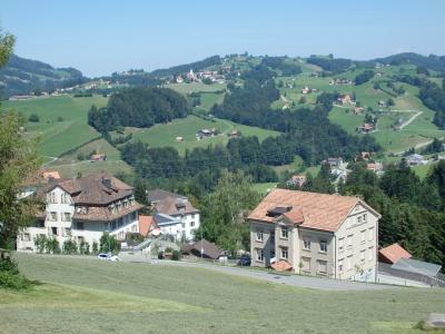 2019夏のスイス旅【54】アッペンツェルに戻ってトローゲンへお出かけ