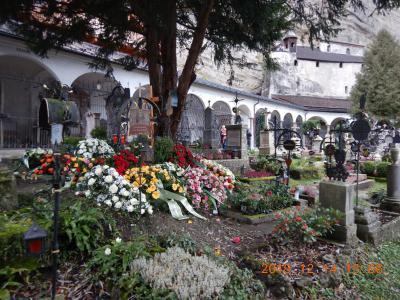 オーストリア横断の旅(13) ザッハトルテとザルツブルガーノッケルンを食べてホーエンザルツブルク城へ・・・