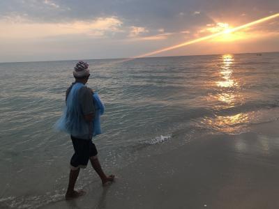 フアヒンの夜明け! 老人と海! 人生最高のカオマンガイ