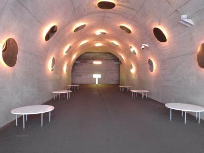 トンネルがアートしてる、清津峡