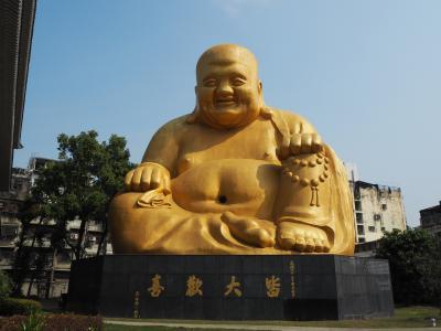 3泊5日台湾一人旅(5)台湾3日目、昼間は台中散策、台北へ戻って夜は松山へ