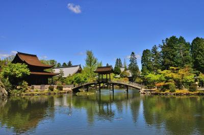 新緑に囲まれ幽玄の世界.虎渓山永保寺